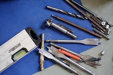 tools-569108.jpg