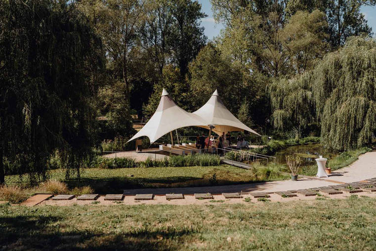 Hochzeitsbilder-Mühle-am-Schlossberg-Eventlocation-Hochzeitsfotograf-Freie-Trauung