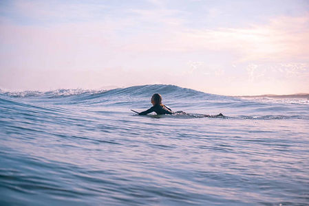 Surfaris-surf-web.jpg