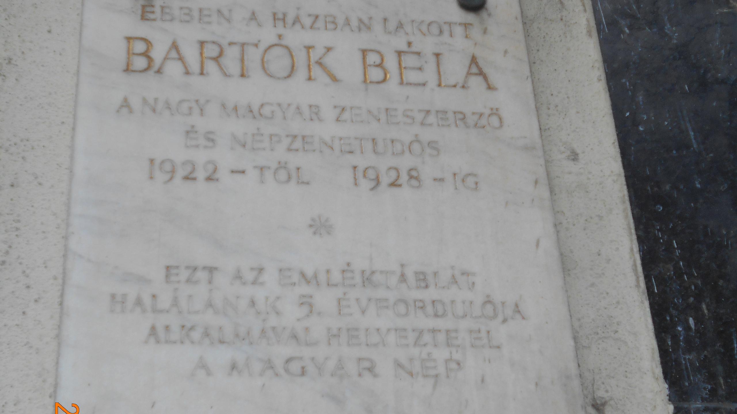 Szilágyi Dezső tér 4.