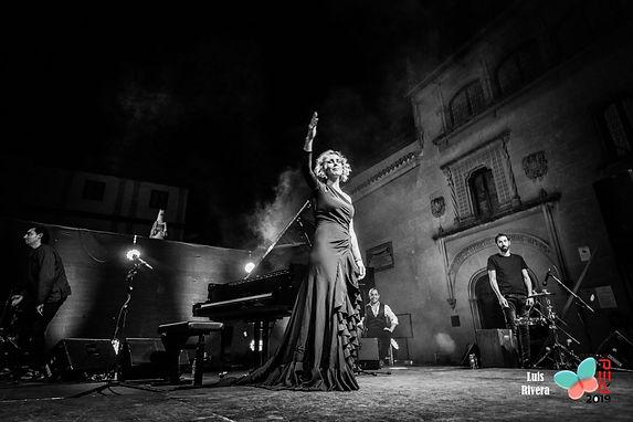 Laura de los Ángeles - Fotos de Directo