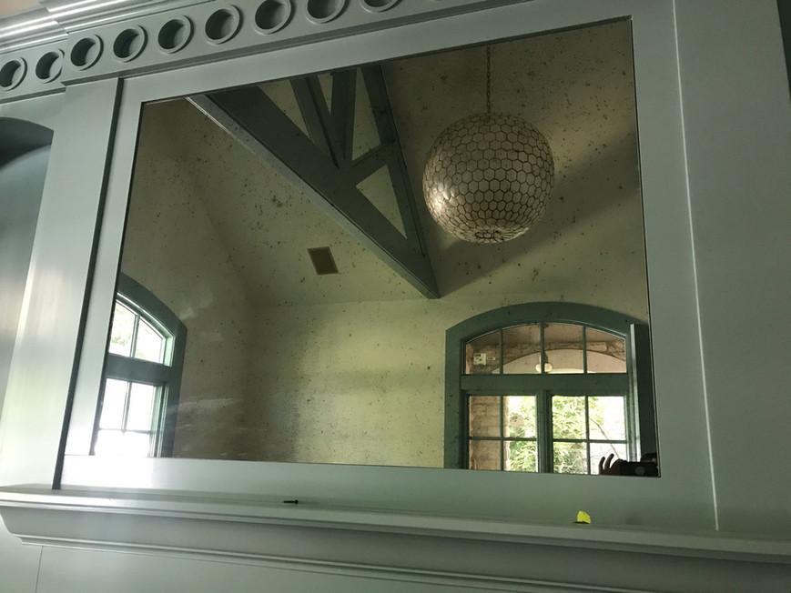 Bianco-E-Nero (Antique) Mirror
