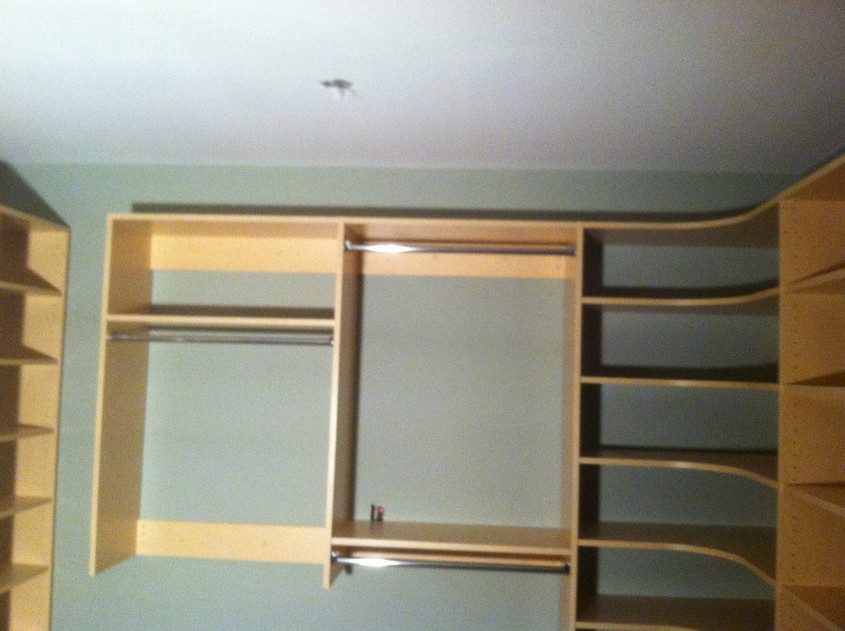 Custom closet - Maple