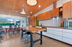 Kitchen with Plywood edging