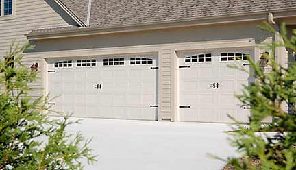 Steel Garage Door, Carriage House, Short Panel w/Optional 4 piece, Arched, Stockton Window Inserts