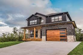 When Should I Replace My Garage Door?