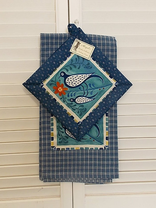 Blue Bird Towel Set