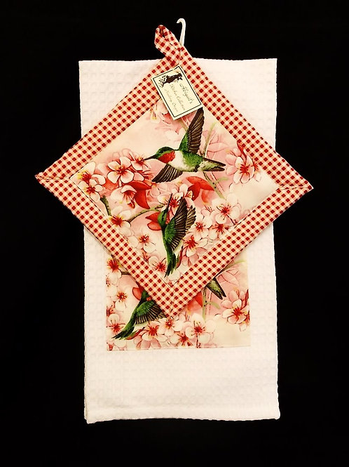 Red Humming Bird Towel Set