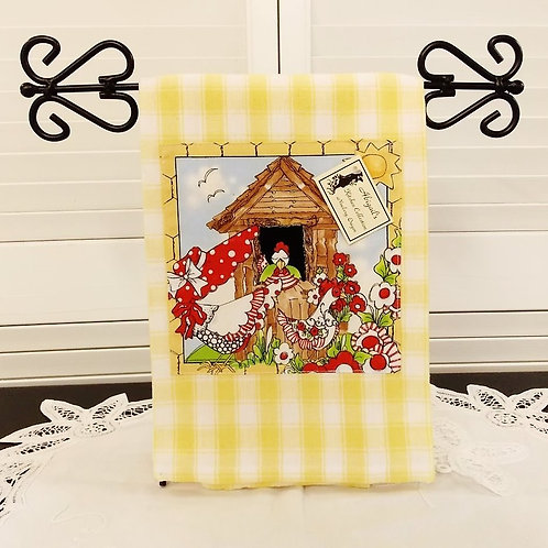Lg Yellow Check Chicken House Towel