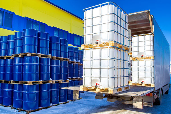 Discharge of plastic barrels. Barrels fo