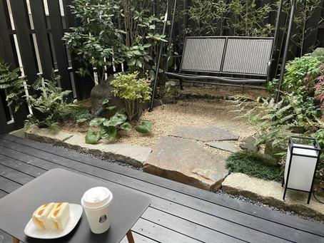 【ハレオフィス新大阪】ブランコのある憩いの場