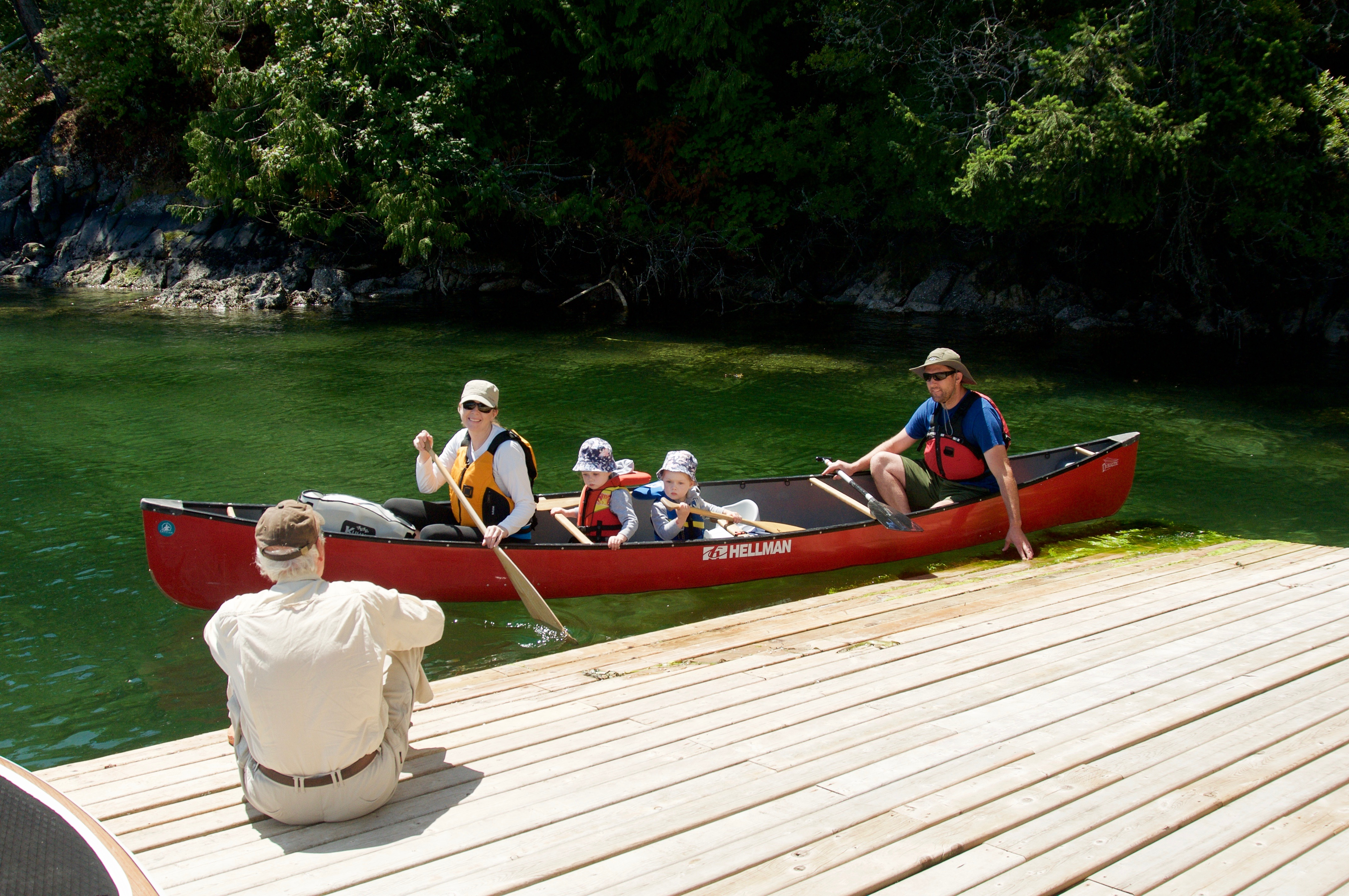 Canoe, mother, father and kids, swartz B