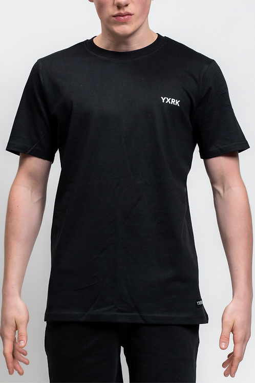 ESSENTIALS TEE BLACK