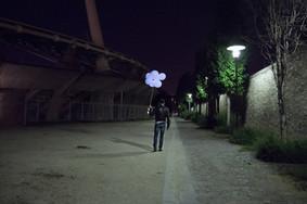 """François Durif, Gentilly, lors du tournage de la vidéo associée à la performance """"Où je suis"""", présentée au Générateur. Juin 2015."""