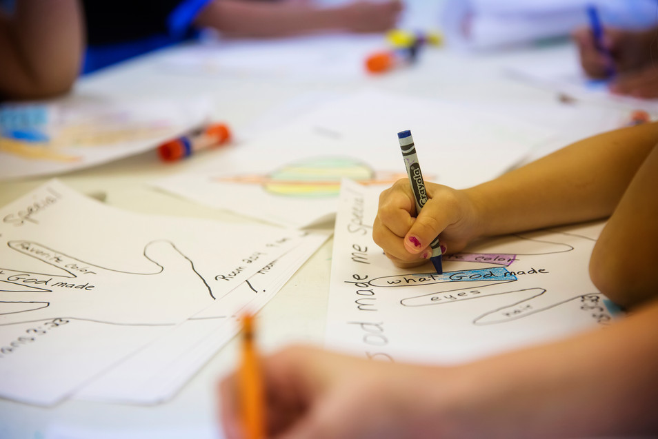 children drawing LIGHTSTOCK image.jpg