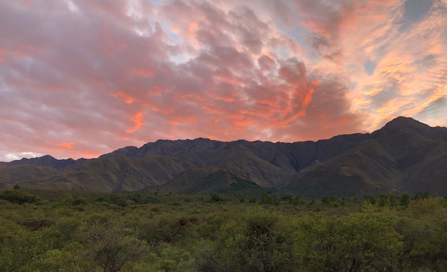 Vista Sierra Amanecer.JPG