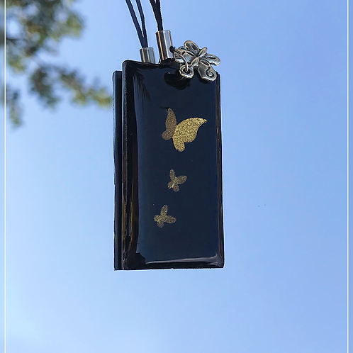 resin charm | black butterfly tag