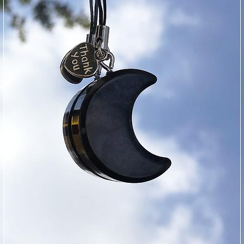 resin charm   black moon