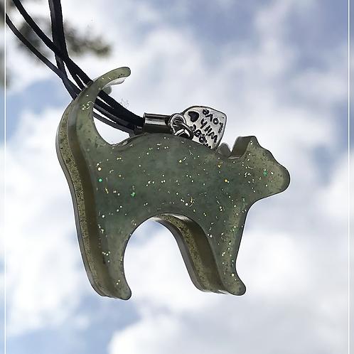 resin charm | green cat