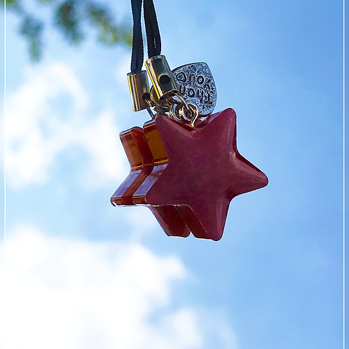 resin charm | red star