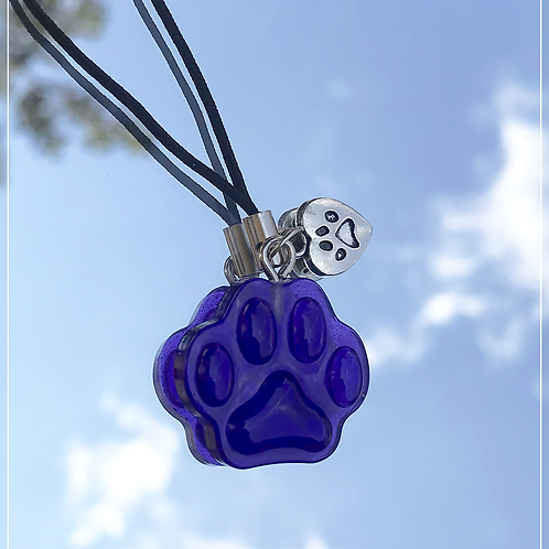 resin charm | purple paw