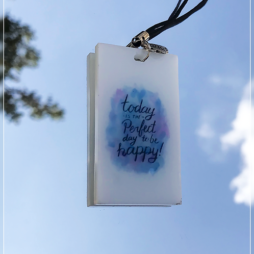 resin charm | quote tag