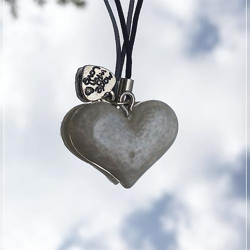 resin charm   white heart
