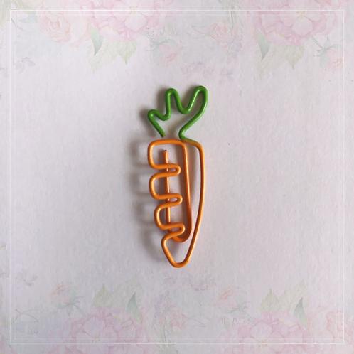 paper clip   carrot