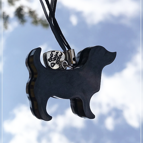 resin charm | black dog