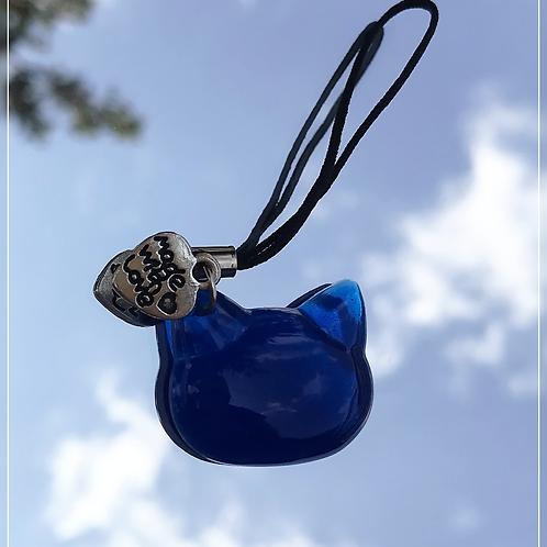resin charm | dark blue cat