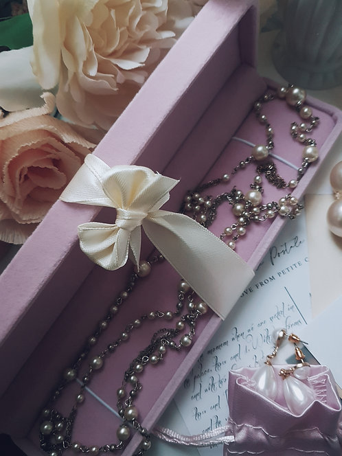 Pink Vintage Jewellery Box With Faux Pearls
