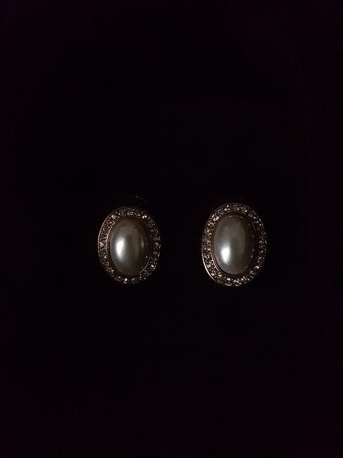 Serena Vintage Earrings.