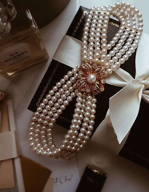 Antoinette Vintage Pearl Chocker