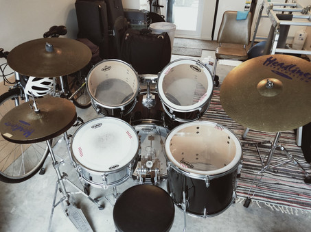 Hire Kit #6 - AVAILABLE FOR HIRE