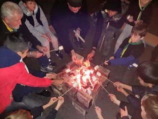 Bonfire Night - sausages and games!