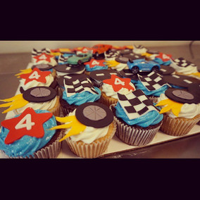 Close up of the cup cakes 🏁🏁.jpg