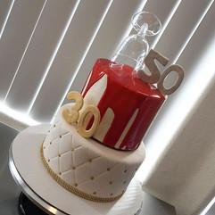 Wine & Cake.. Wine not_ 🍷🎂 #winelovers