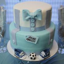 Baby shower cake & goodies 💙.jpg