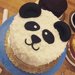 When cakes come to life.. Panda panda pa