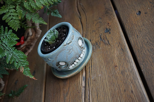 Small Zombie planter!