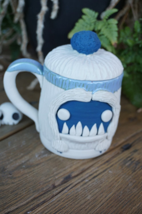 The Mighty Yeti lidded mug
