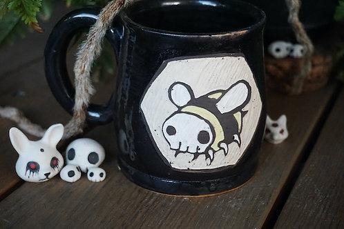 Sgraffito SkullBee Mug