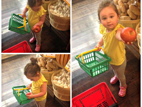 Lil' Shopper: Tips For Grocery Shopping with Kids