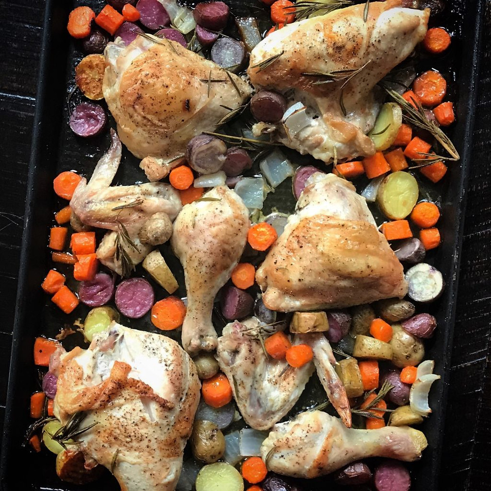 sheet pan chicken and vegetables www.redkitchenette.com