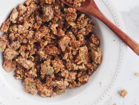 {Grain Free} Apple-Cinnamon Granola