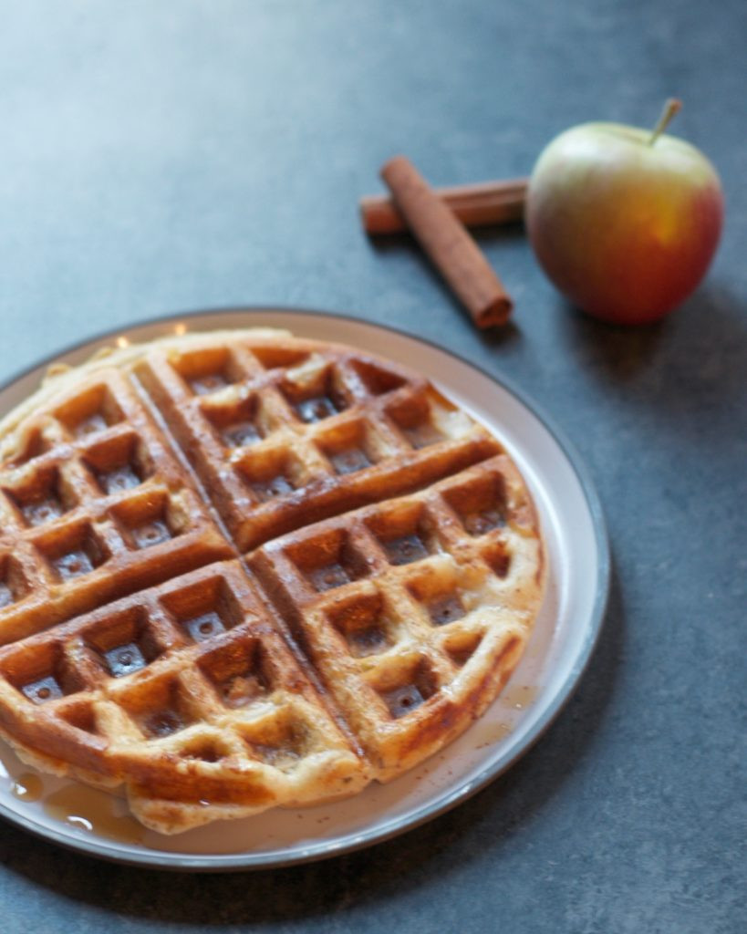 whole-grain apple-cinnamon waffles www.redkitchenette.com
