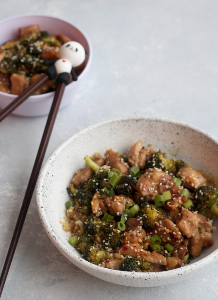 Chicken & Broccoli Stir-Fry www.redkitchenette.com