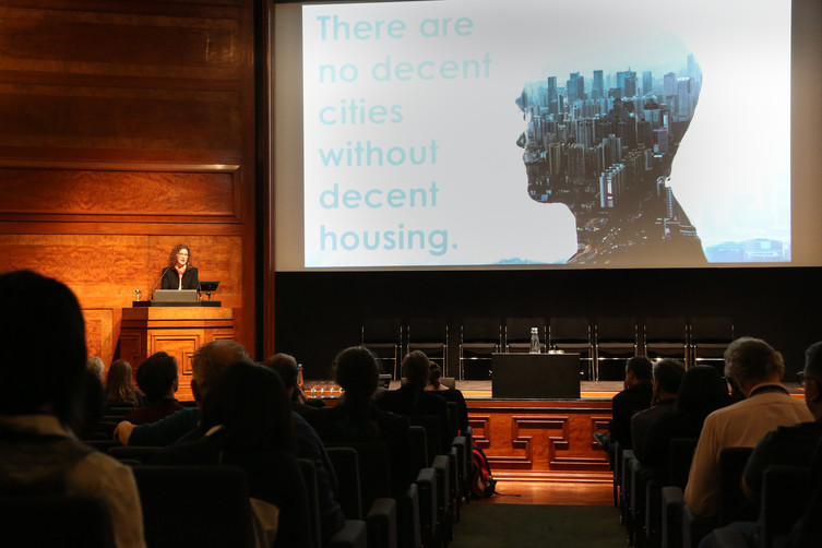 Dr Orna Rosenfeld presents at the INTAU Congress