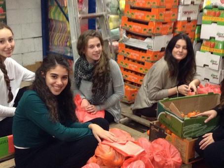 עמותת  תכלית זקוקה למתנדבים על מנת להמשיך בחלוקות המזון לנזקקים