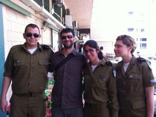 חיילי צהל בהתנדבות  (6).jpg